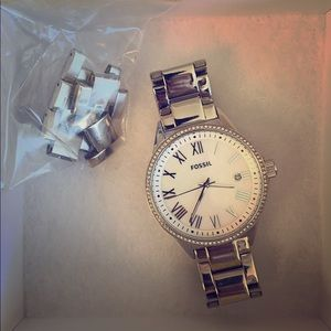 Stainless Steel fossil watch with pearl face
